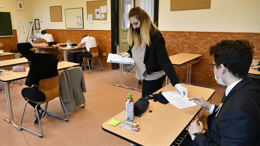 Abitur in Corona-Zeiten: Mehr als 80.000 Jugendliche schreiben ab heute Abschlussprüfungen