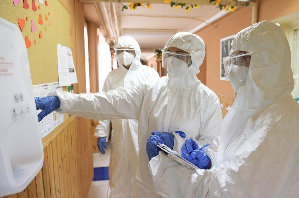 Coronavirus: 1068 Neuinfizierte, immer mehr Patienten brauchen eine maschinelle Beatmung