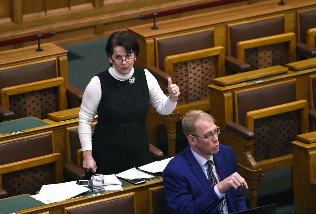 Abgeordnete von Jobbik, Andrea Varga-Damm weigert sich, ihr Mandat zurückzugeben post's picture