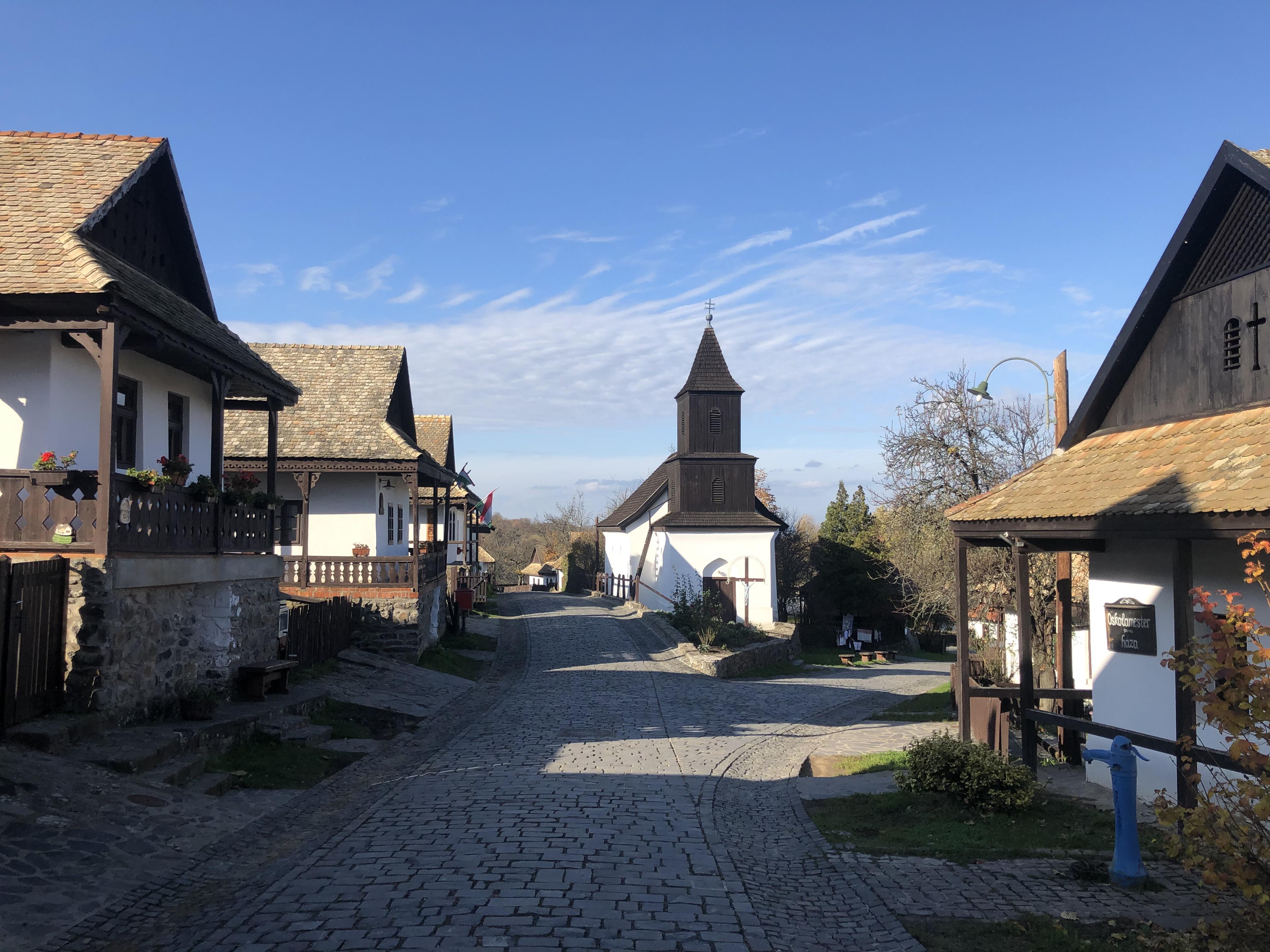 UNESCO-Weltkulturerbedorf Hollókő an Pfingsten wiedereröffnet post's picture