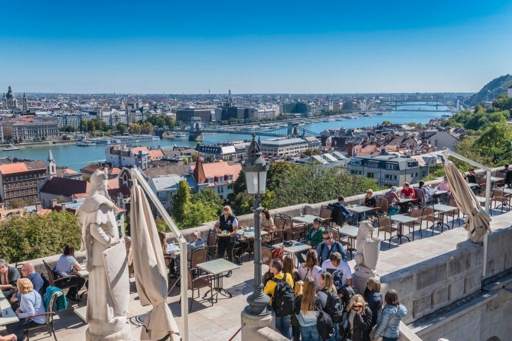 Grenzöffnungen: wer kann ohne Beschränkungen nach Ungarn einreisen?