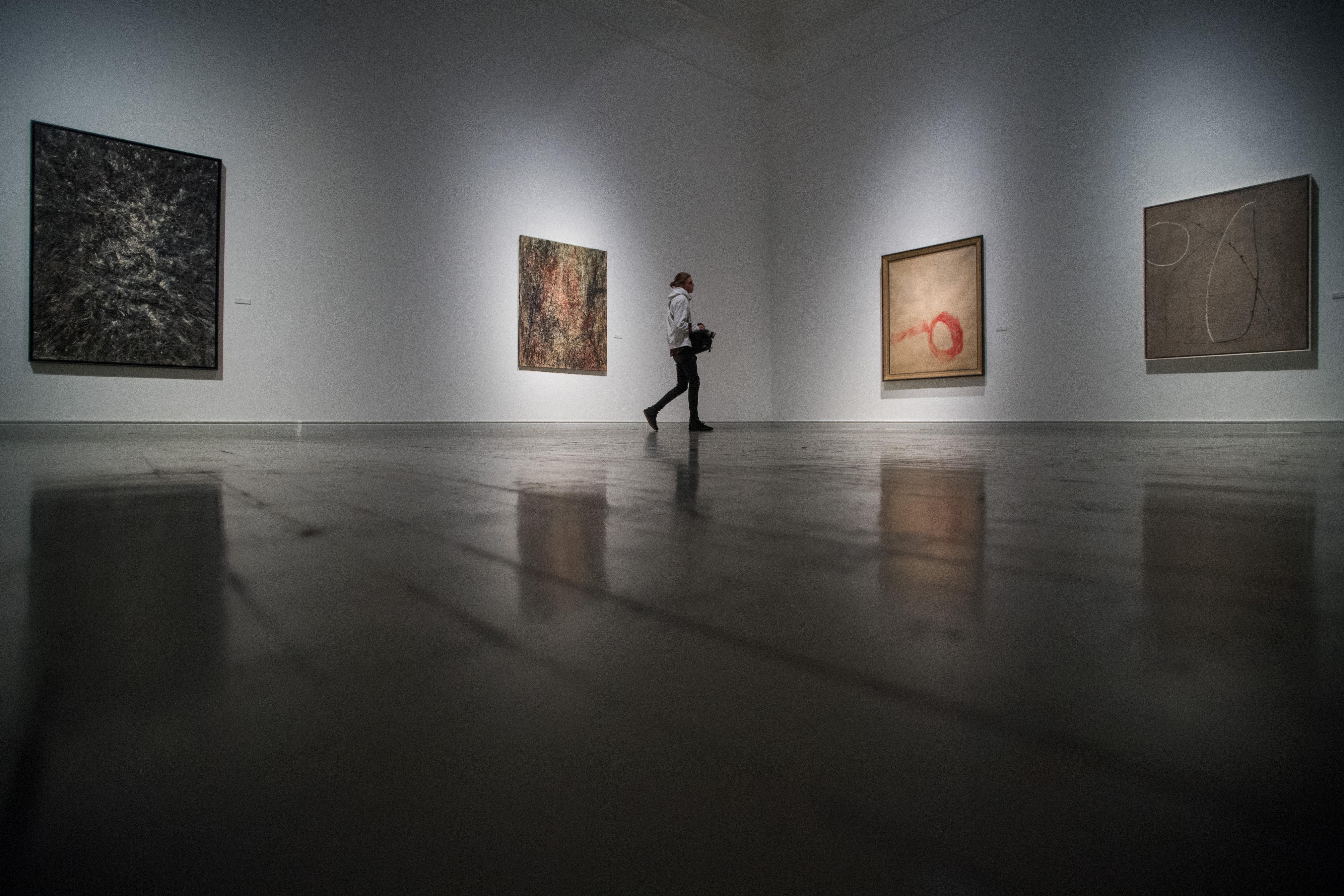 Trianon 100 - Ausstellung von Marcell Jankovics in Budapest eröffnet