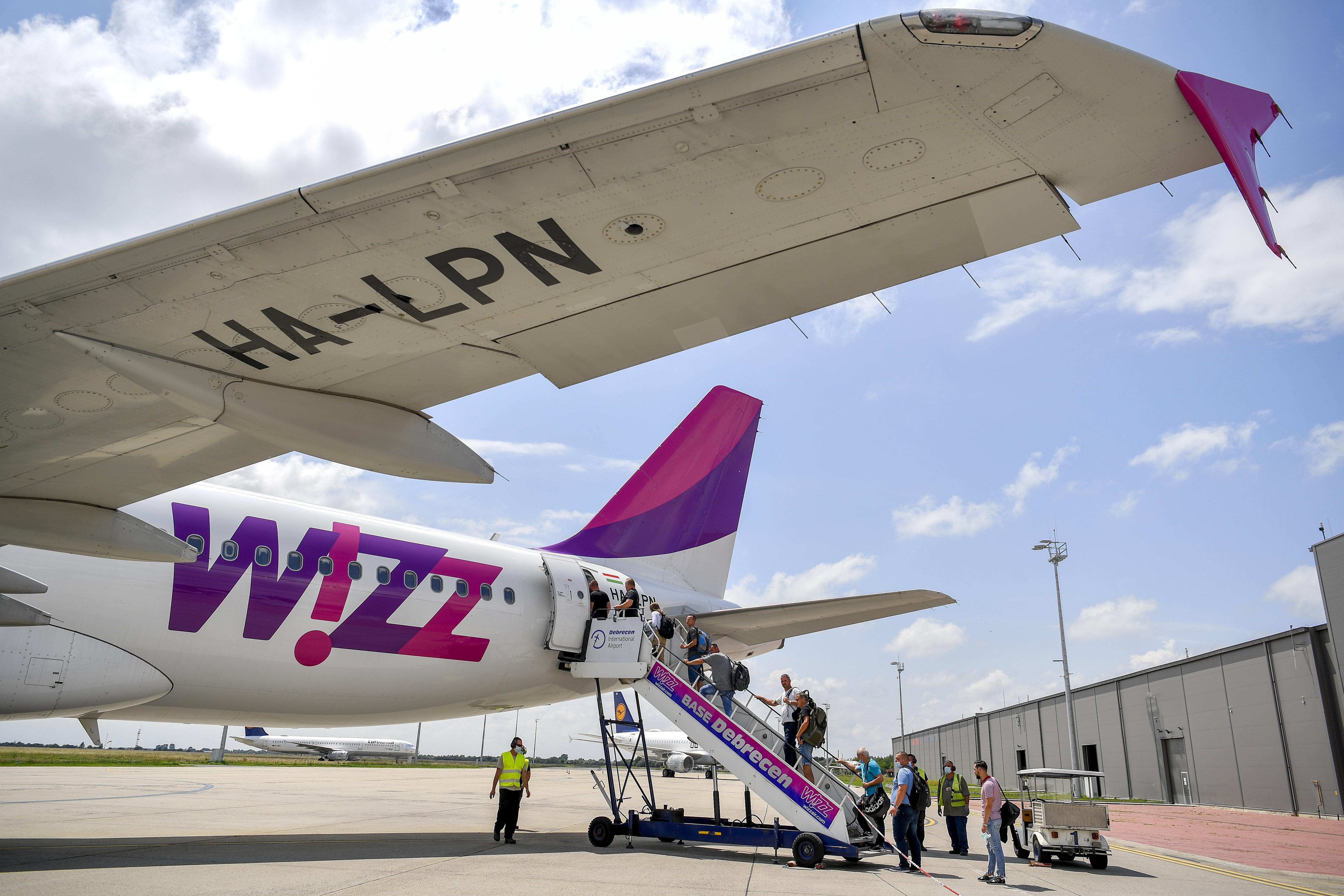 Wizz Air stellt 800 Flugbegleiter bis Jahresende ein