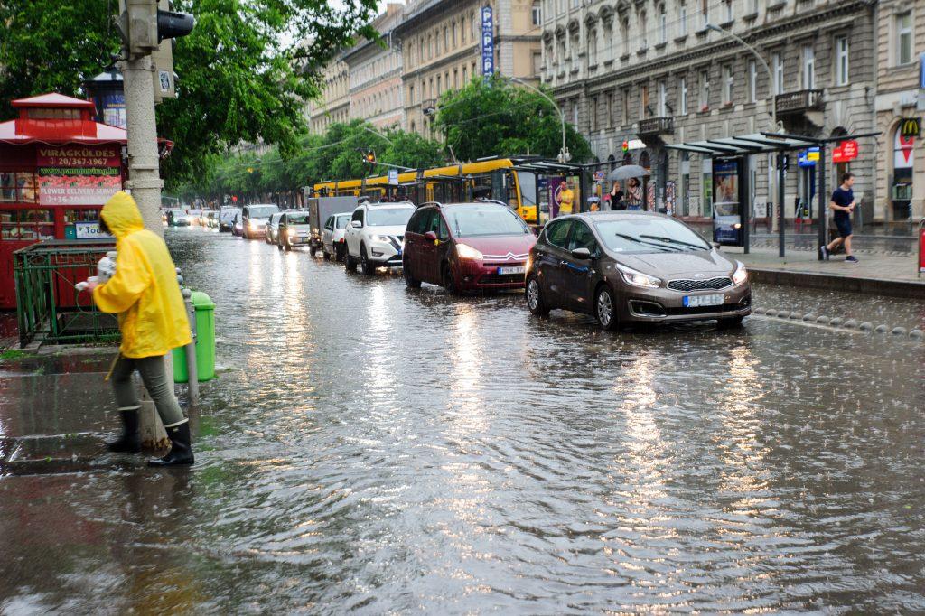 Wetterdienst: Warnung für das ganze Land vor Starkregen
