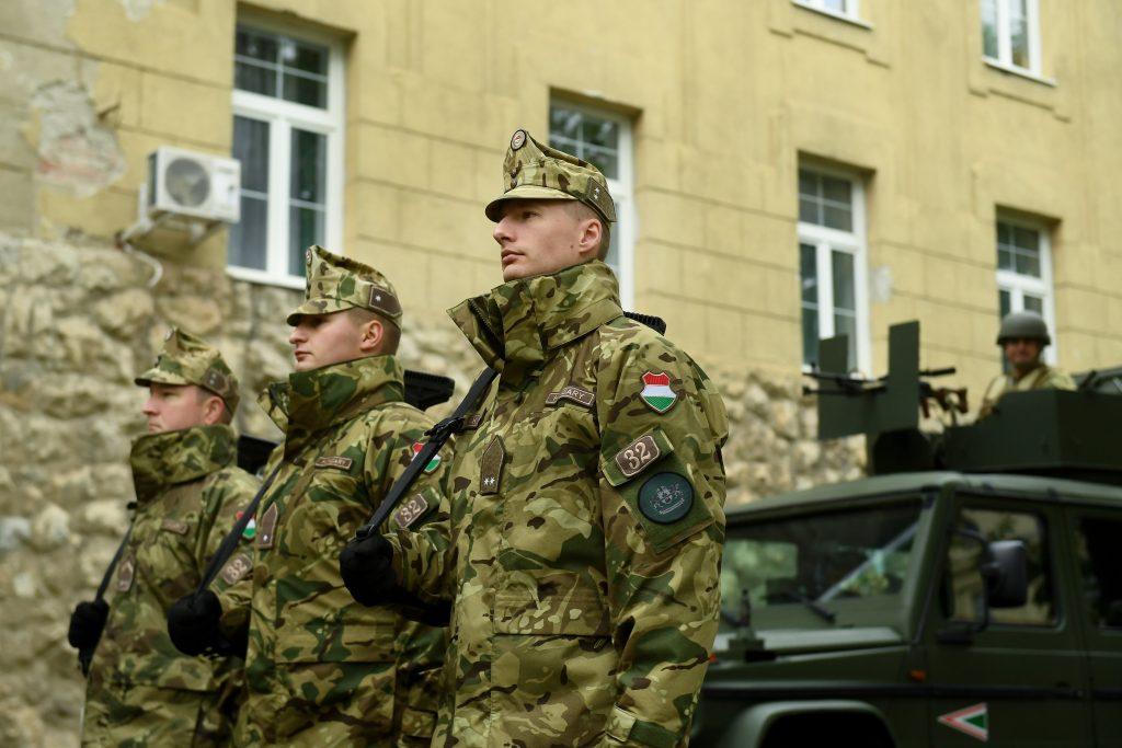 Die ungarische Armee plant Eröffnung neuer Ausbildungsschulen