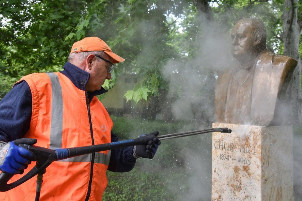 Presseschau von budapost: Churchill-Statue in Budapest verunstaltet