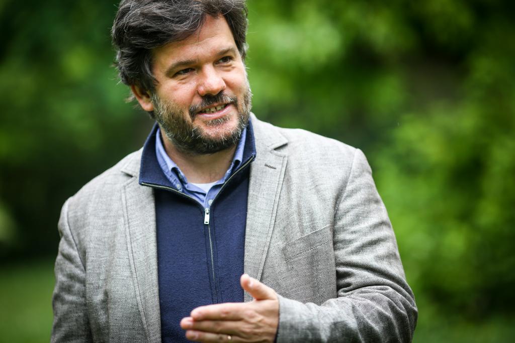 Anstatt des Selbstbestimmungsrechtes der Völker haben die geopolitischen Interessen der Großmächte die Grenzen in Trianon umgezeichnet – Interview mit dem Historiker Balázs Ablonczy