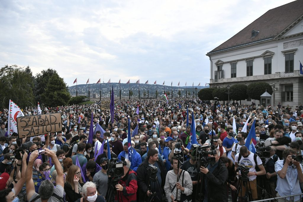 """Demonstration für """"Index"""" und für Pressefreiheit"""