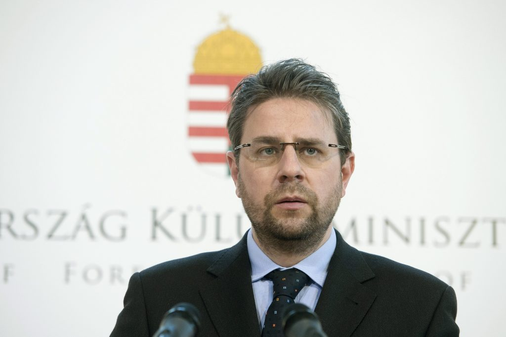 Pädophiler Ex-Diplomat verurteilt
