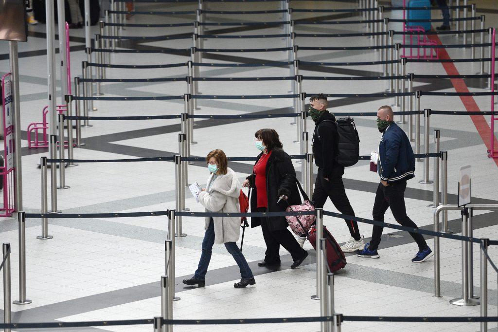 Neue Corona-Regeln am Budapester Flughafen