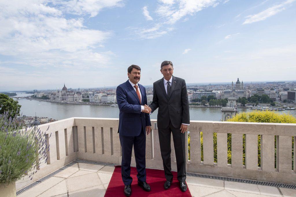 Präsident Áder: Ungarn, Slowenien bewältigen die Epidemie erfolgreich post's picture