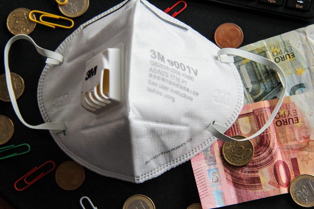 Finanzminister: BIP sinkt voraussichtlich um 5 Prozentpunkte