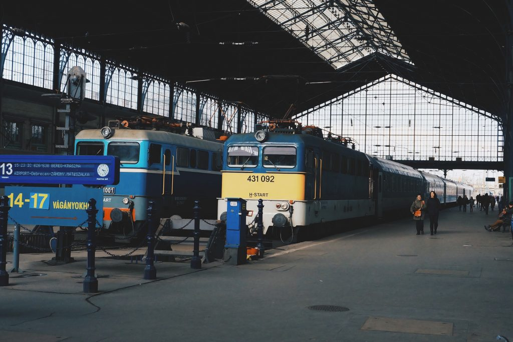 Personenverkehr mit Eisenbahn zwischen Serbien und Ungarn ausgesetzt