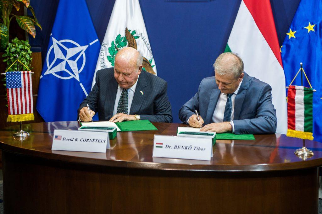 Verteidigungsminister: Kauf eines Raketenabwehrsystems rechtzeitig nach über 40 Jahren