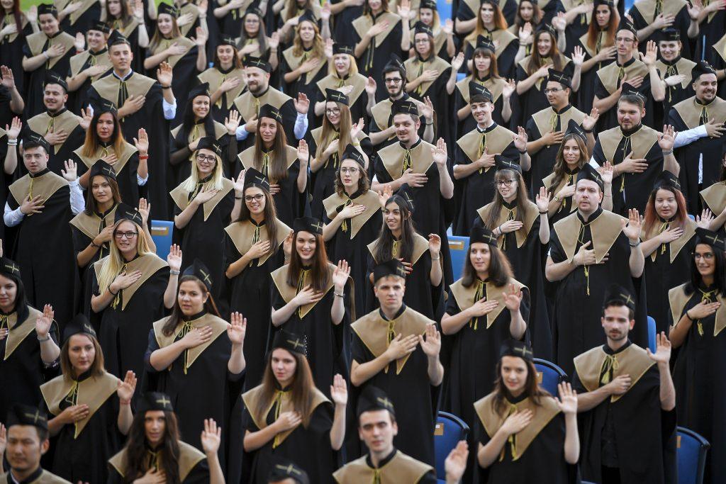 Hungary Helps Stipendium für Christen aus dem Nahen Osten