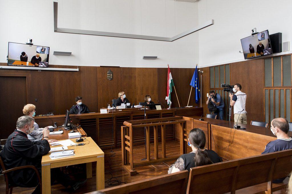 Kaltblutige Schlächter stehen vor dem Budapester Gericht