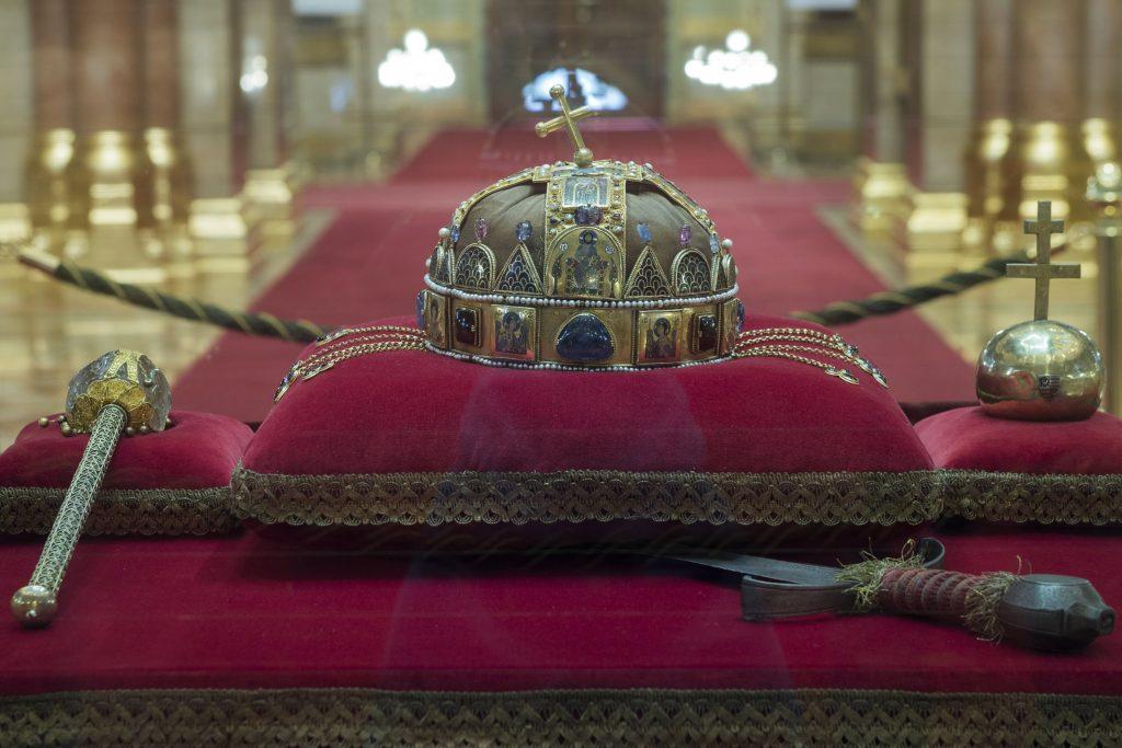 Der Tag, an dem die Heilige Krone vergraben wurde
