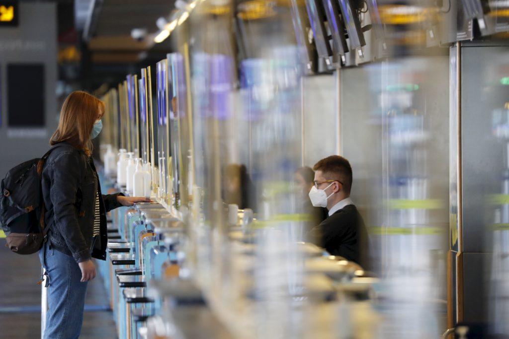 Die Passagierzahlen des Liszt Ferenc International Flughafens fallen um über 80 Prozent zurück post's picture