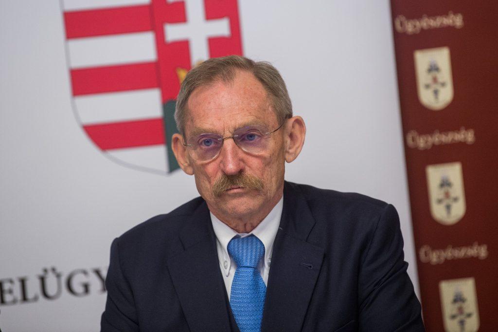 Innenminister Pintér: Es gibt in Ungarn keine No-Go-Zonen