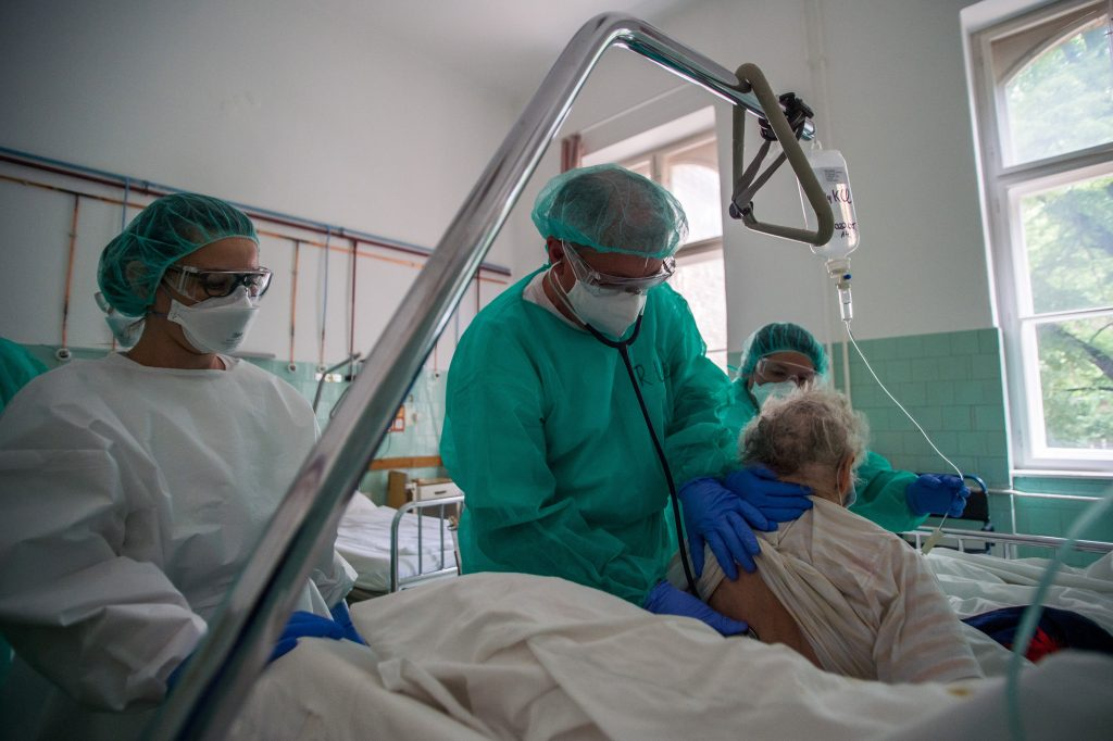Corona-Rekord: 1070 Neuinfizierte, 404 im Krankenhaus