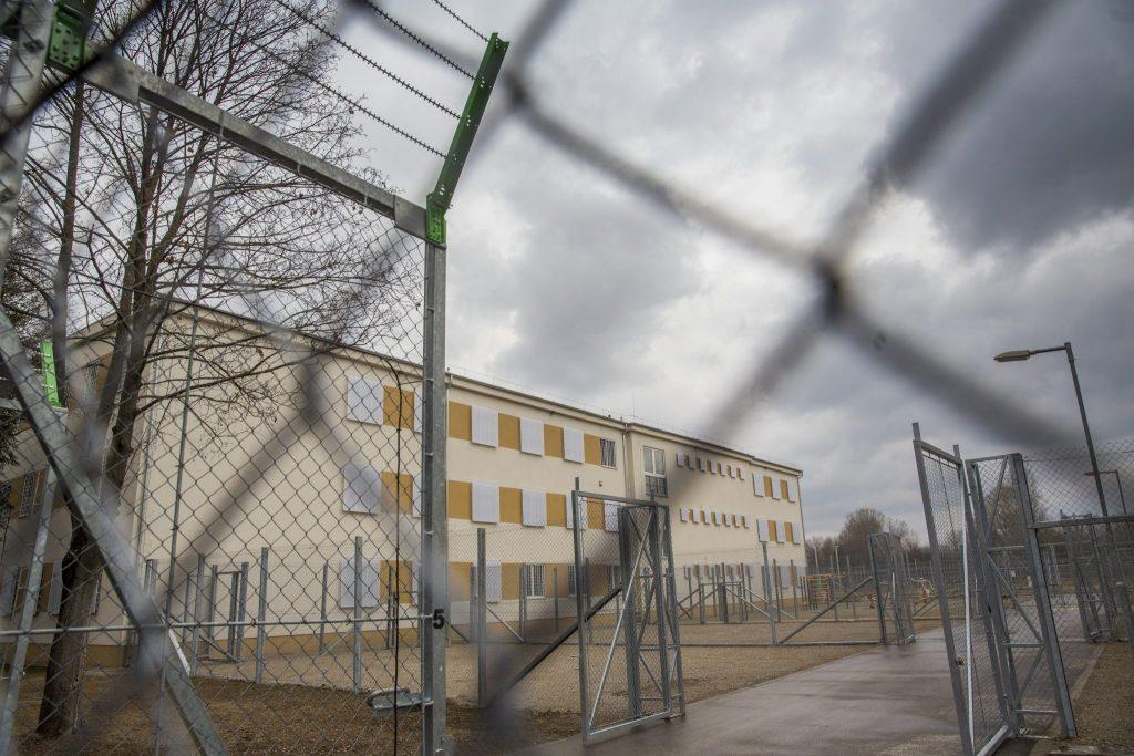 Corona breitet sich im Szegeder Gefängnis schnell aus