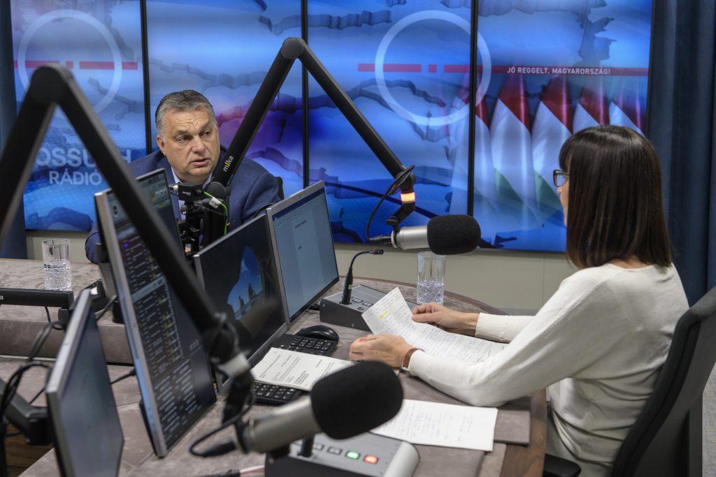 """Orbán: """"Beatmungsgeräte und Ärzte sind in ausreichender Anzahl vorhanden"""""""