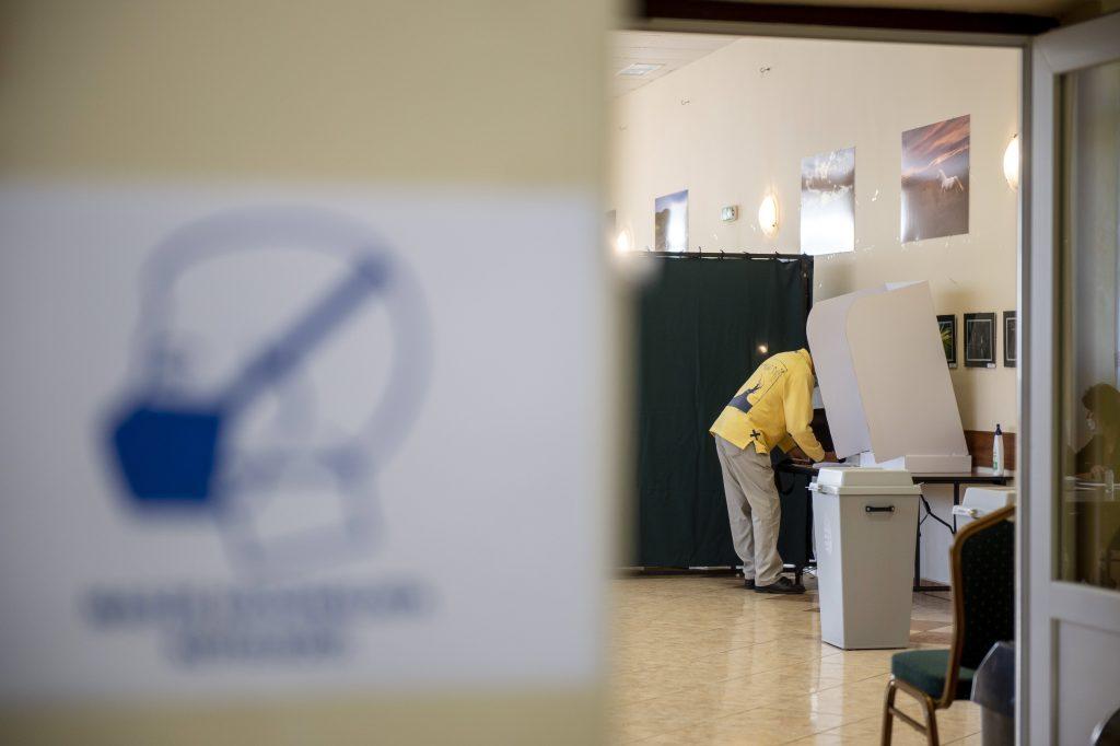 Presseschau von budapost: Fidesz-Kandidaten gewinnen zwei Nachwahlen