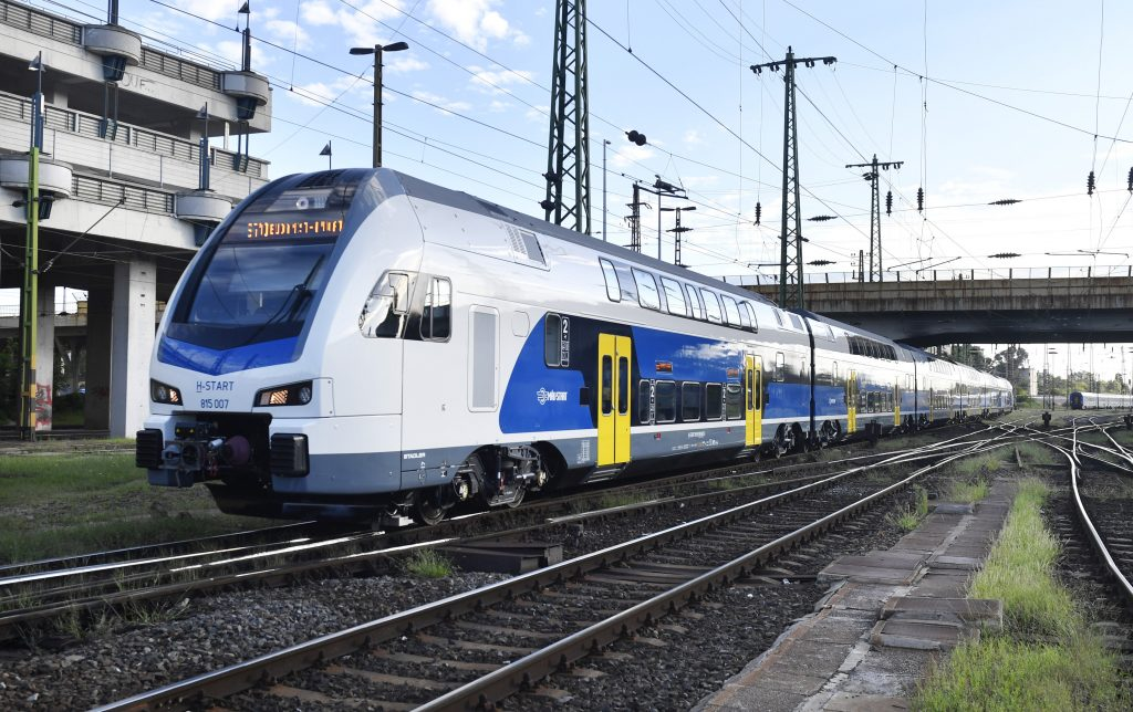 Hochgeschwindigkeitszug zwischen Budapest, Pozsony und Warschau geplant post's picture