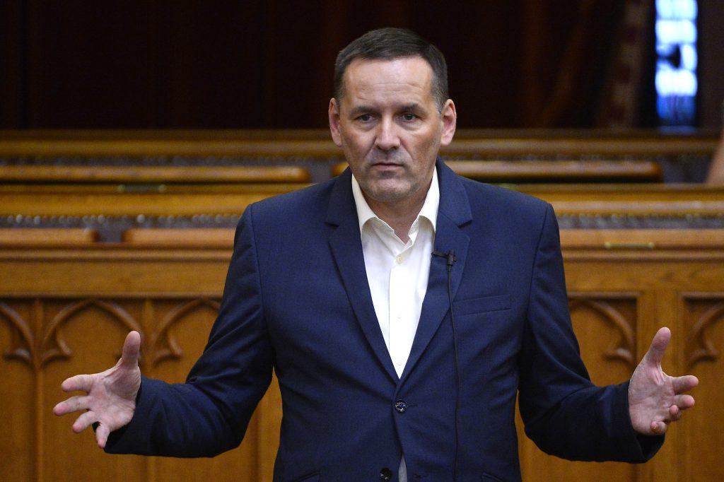 Ex-Jobbik Abgeordneter bildet eine neue Partei post's picture