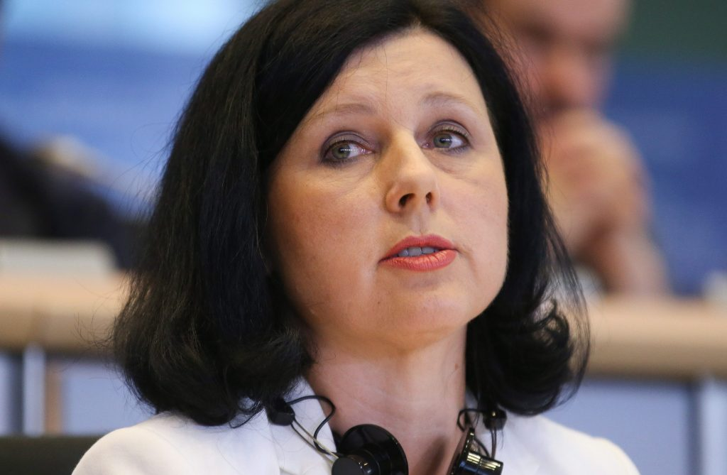 Orbán: Jourova hat Ungarn beleidigt, muss zurücktreten