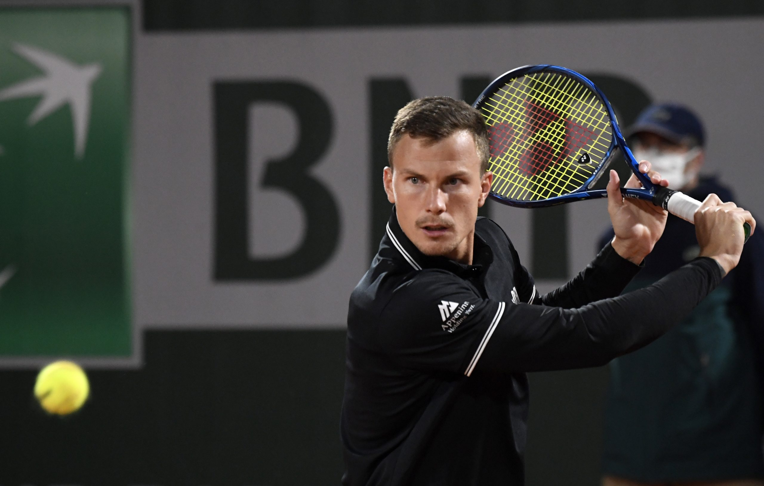Roland Garros – Fantastischer Sieg: Fucsovics besiegt Weltnummer 5 Danyiil Medvedev in vier Sätzen post's picture