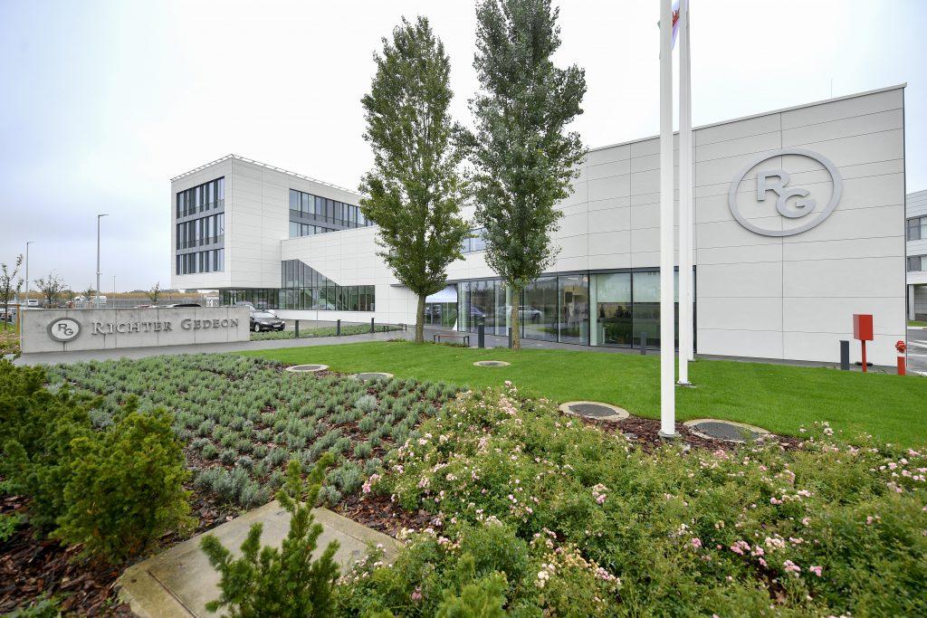 Bürokomplex Richter in Debrecen eröffnet