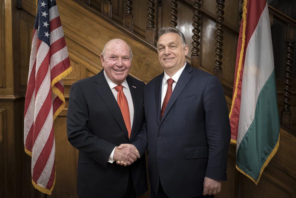 Budapost: Scheidender US-Botschafter – bilaterale Beziehungen verbessert post's picture