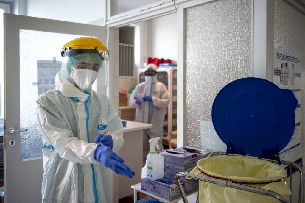 COVID-19: 1086 Neuinfektionen, 14 Tote in Ungarn