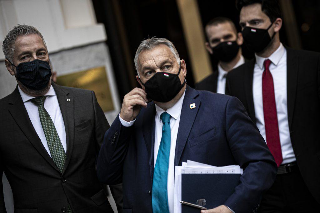 Orbán kritisiert die Beschaffung der Impfstoffe der EU