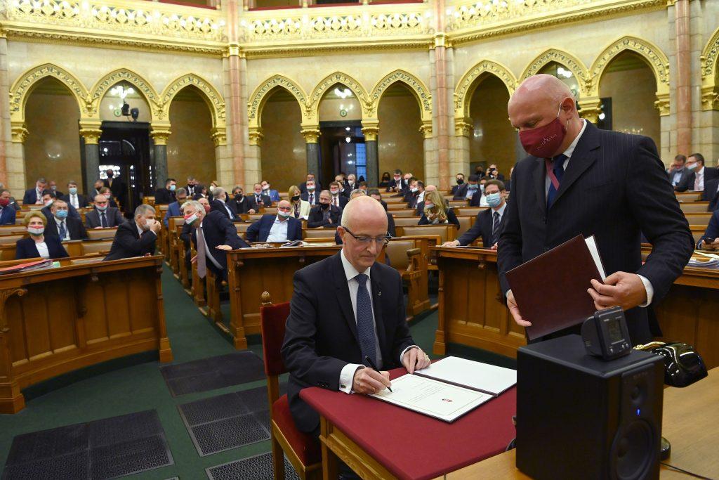 Budapost: Umstrittener neuer Präsident für den Obersten Gerichtshof