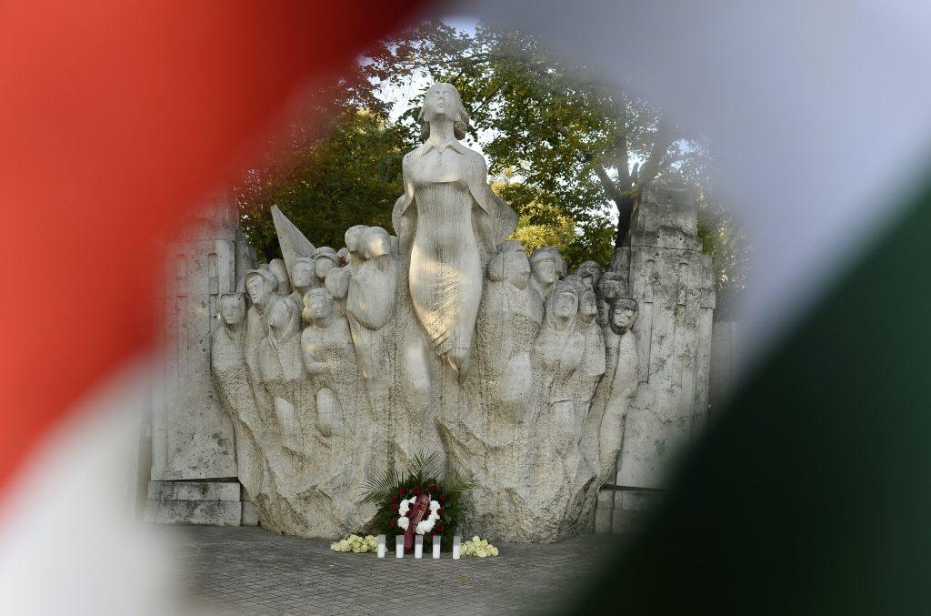BUDAPOST: Gedenken an die 1956er-Revolution