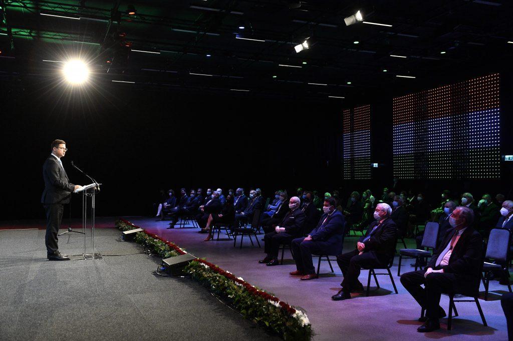 Kanzleramtsminister vergibt hohe staatliche Auszeichnungen