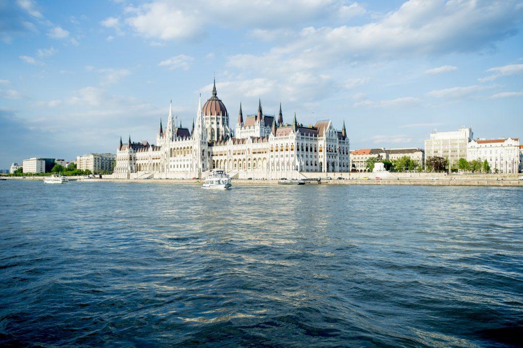 Kooperationsabkommen zwischen Budapest und Tourismussektor unterzeichnet