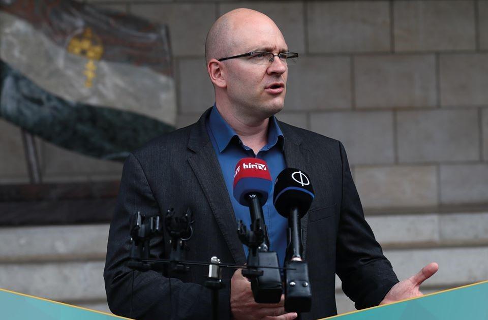 """Oppositionspartei Jobbik: """"Lohnanstieg ist eine statistische Lüge"""""""