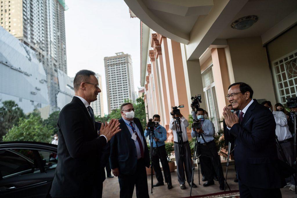 Kambodschanische Verhandlungspartner des Außenministers negativ auf Corona getestet