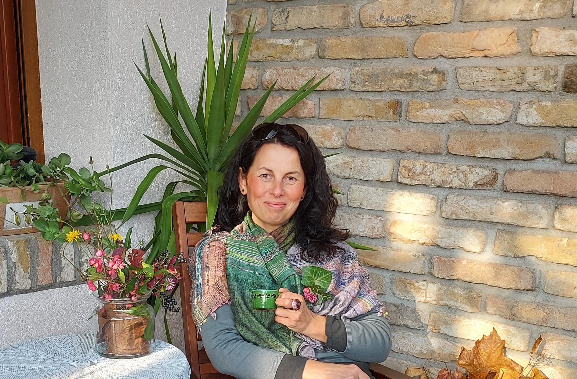 """""""Wie kann ich denen helfen, die in diesen schwierigen Monaten an vorderster Front kämpfen?"""" - INTERVIEW mit Seelsorgerin Brigitta Bálint"""