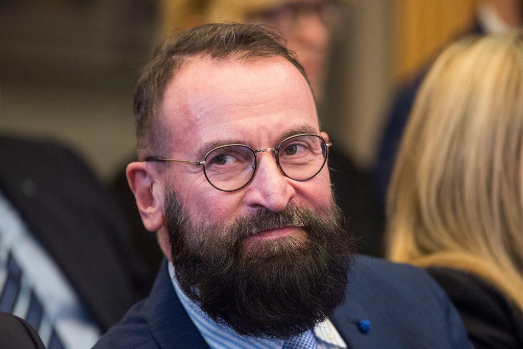 """Fidesz-Europaabgeordneter Szájer: """"Ja, ich nahm an der privaten Party in Brüssel teil"""""""