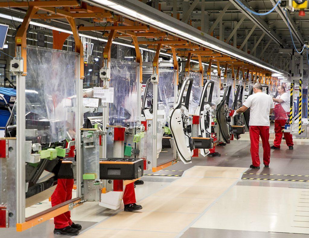 Die Industrieproduktion sinkt im Januar 2021 um 6,7 Prozentpunkte