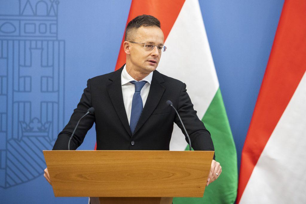 Außenminister: Coronavirus bietet die Möglichkeit, Ost-West-Beziehungen wieder aufzubauen