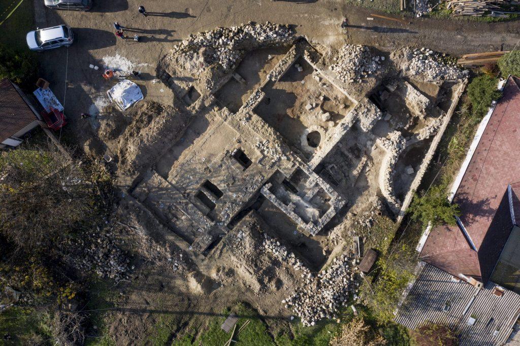 Letzte Ruhestätte des dritten ungarischen Königs wird ausgegraben