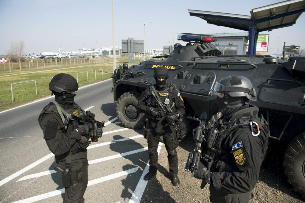 Terror in Wien: Keine erhöhte Terrorgefahr in Ungarn