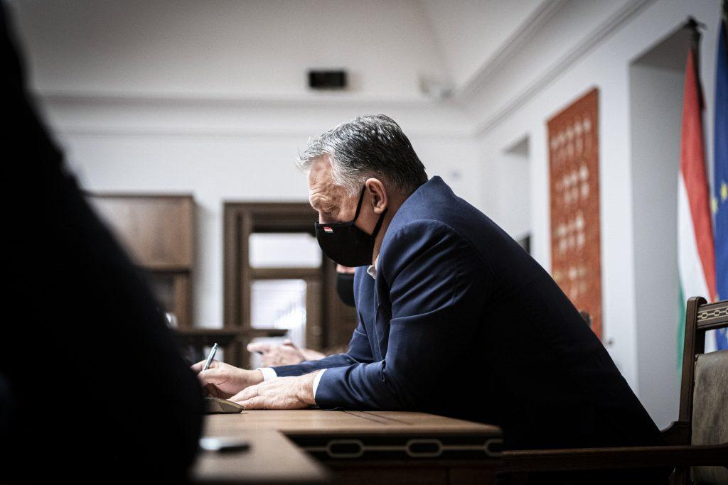 Orbán spricht der Familie des Dichters Árpád Farkas sein Beileid aus post's picture