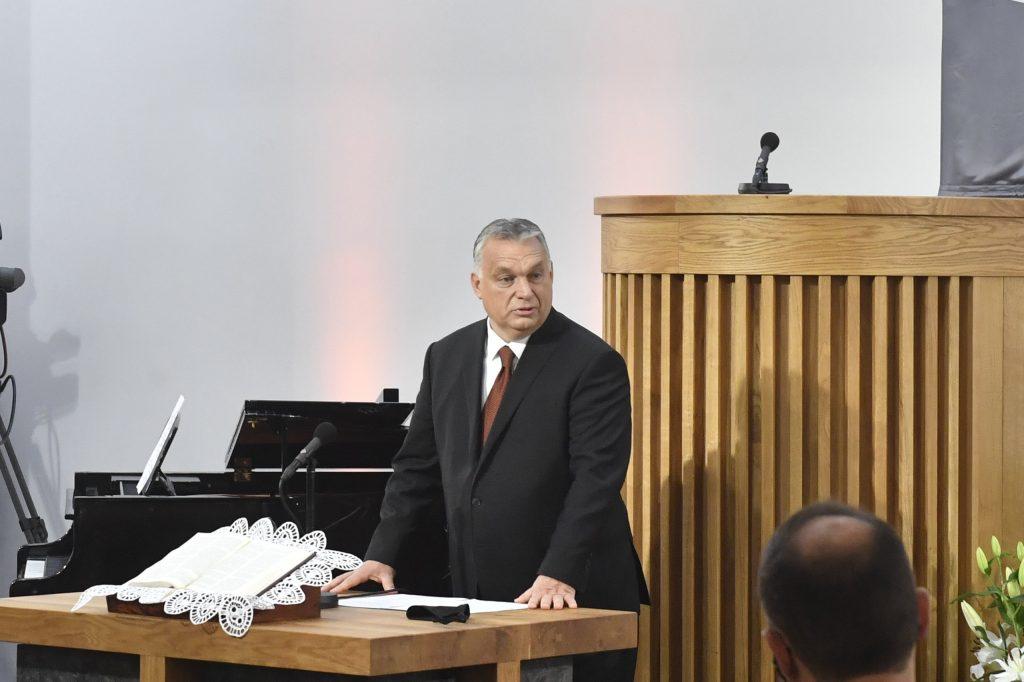 """Orbán: """"Ungarn ist eine eine Nation von Kirchenbauern"""""""