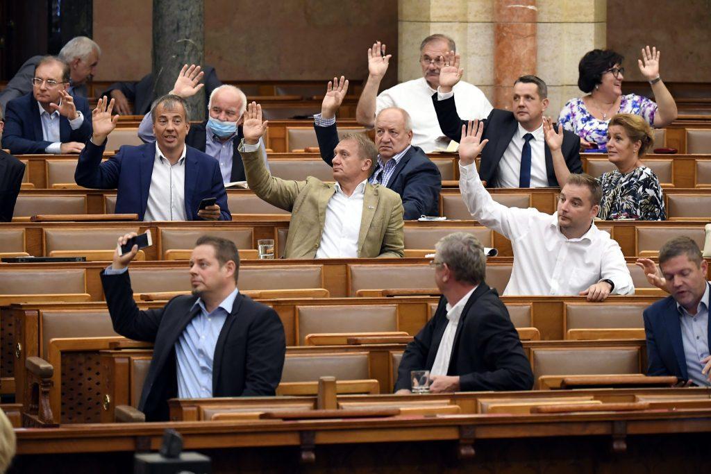 Opposition fordert die Regierung auf, die jüngsten Änderungsvorschläge zurückzuziehen